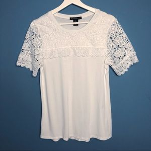 Adrianna Papell Pullover Top Lacey Detail. Size S